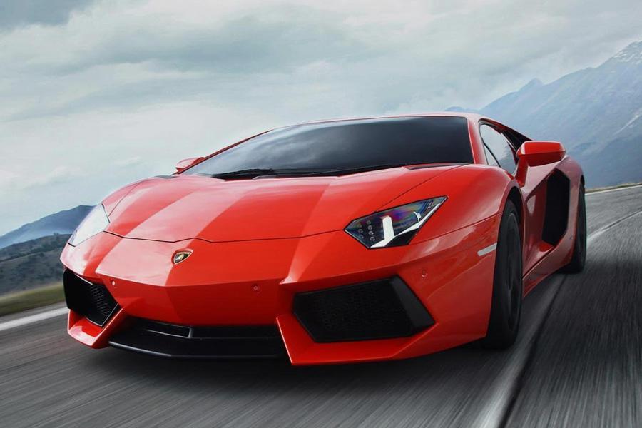 Lamborghini отзывает машины из-за опасности пожара