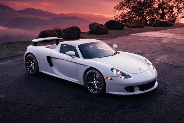 Porsche обвиняют в сокрытии данных об авариях суперкаров