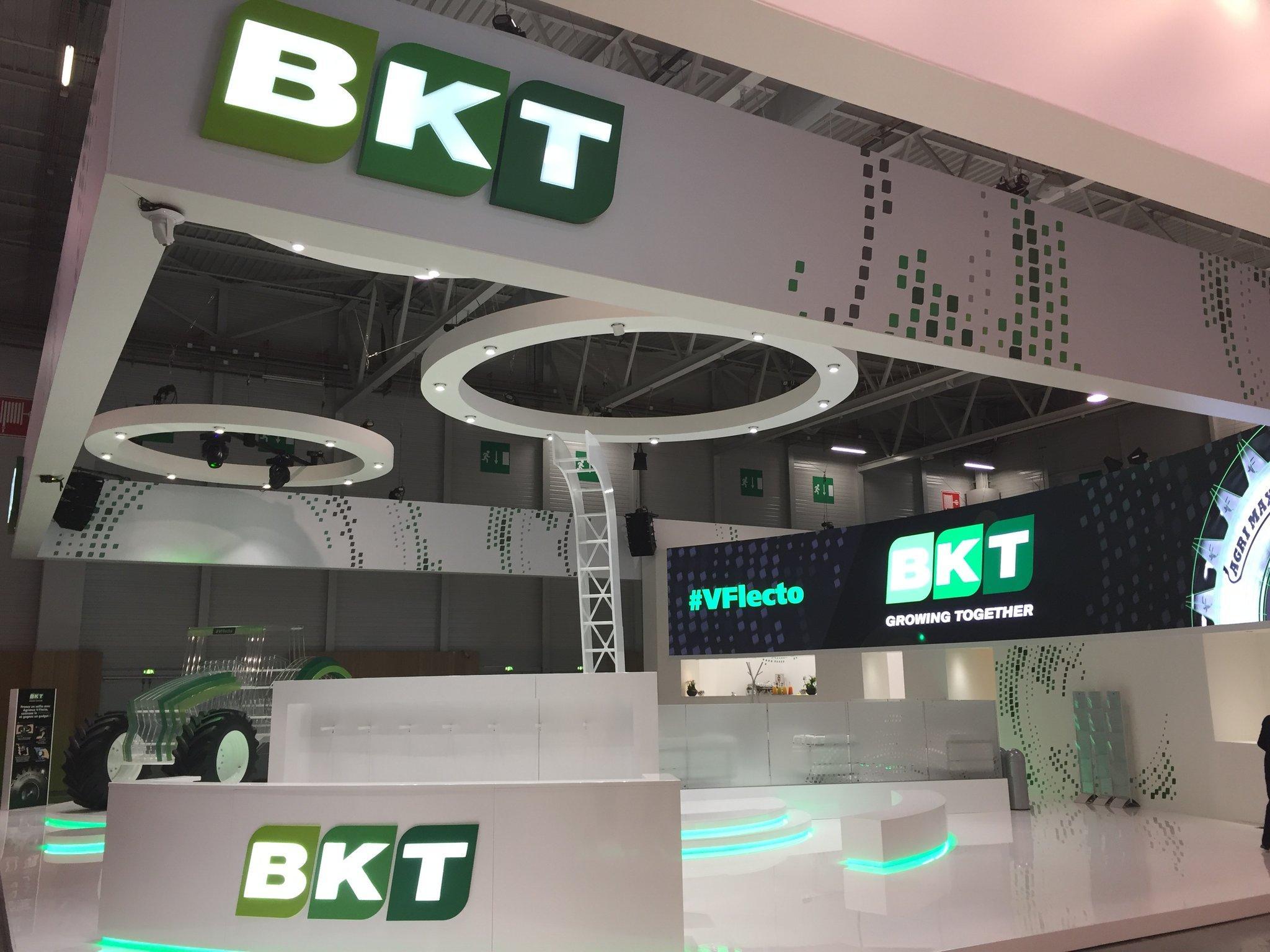 Новая агрошина Agrimax V-Flecto от BKT дебютировала в Париже