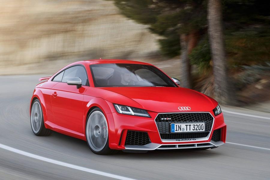 Audi огласила российский ценник купе TT RS