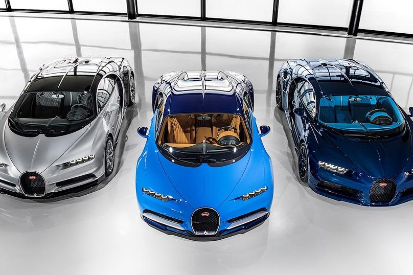 Bugatti собрала три первых экземпляра гиперкара Chiron