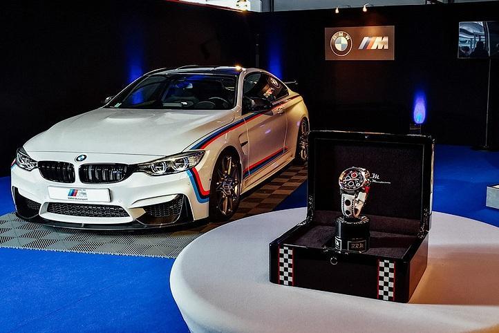 BMW M4 предлагают купить с интересными «опциями»