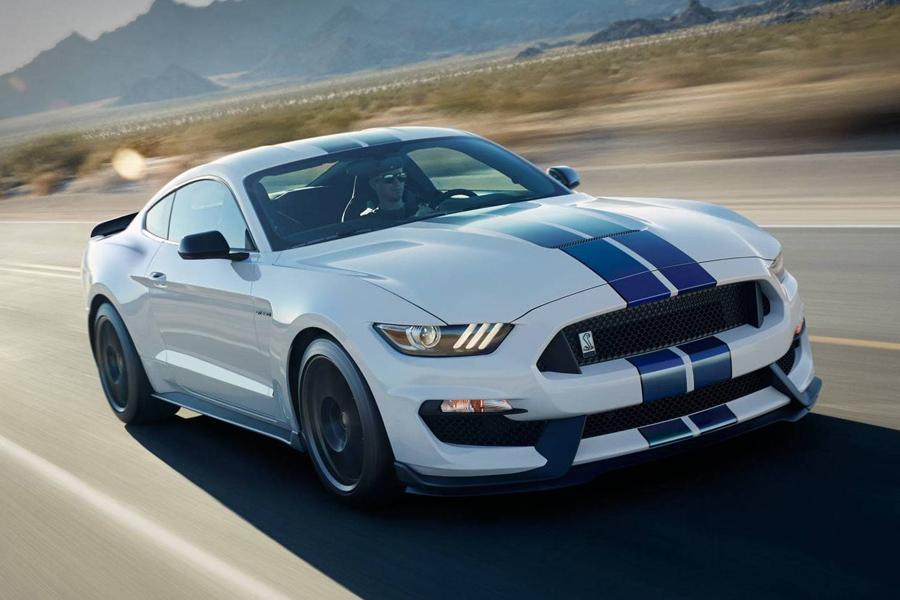Владельцы Ford Mustang подали на производителя в суд