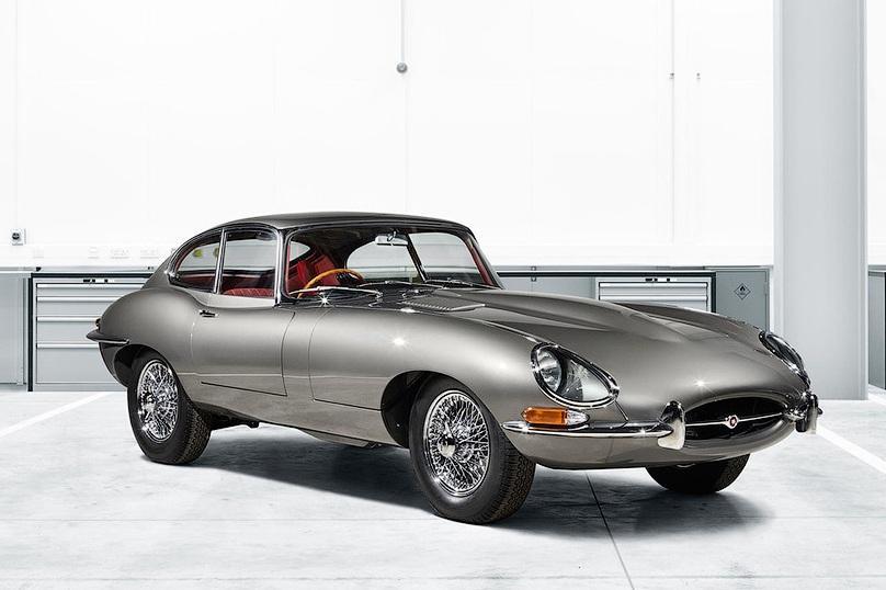 Jaguar делает роскошный подарок любителям автостарины