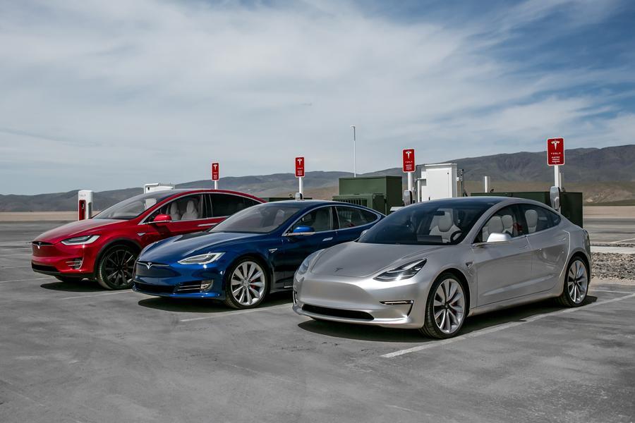 Tesla отчиталась о рекорде за первый квартал 2017 года
