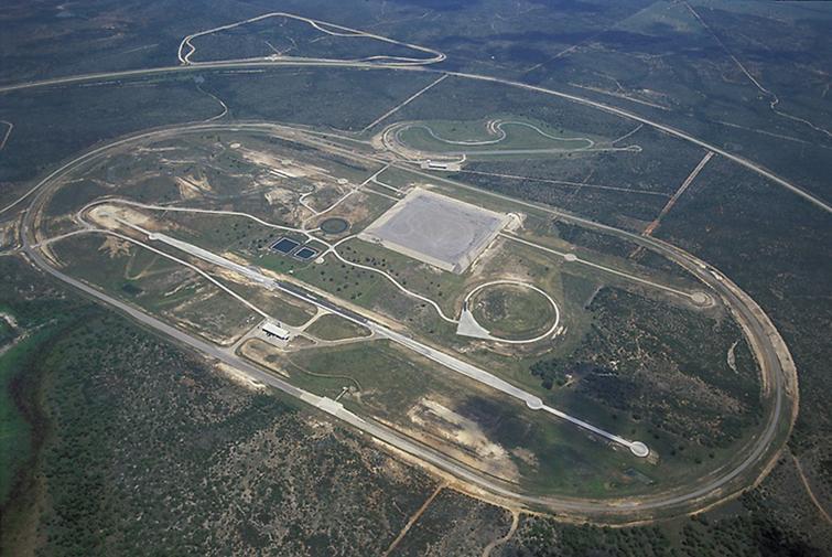 Continental построит крытый центр тестирования на полигоне в Техасе
