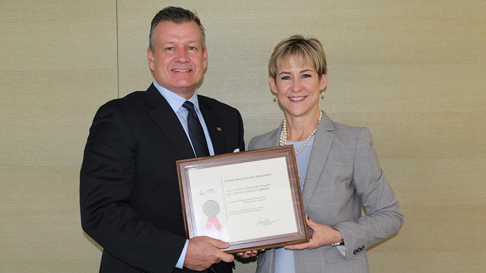 Четыре завода Bridgestone Americas получили премии в области охраны труда