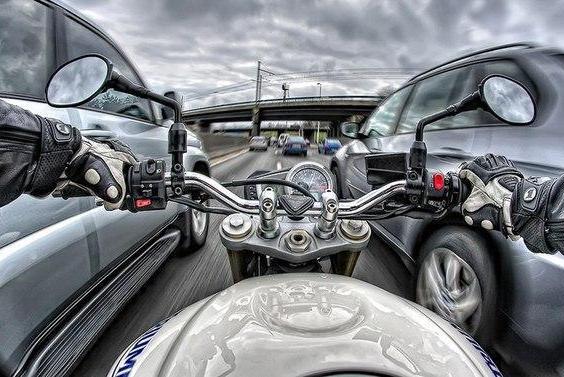 ПДД предлагают изменить в угоду мотоциклистам
