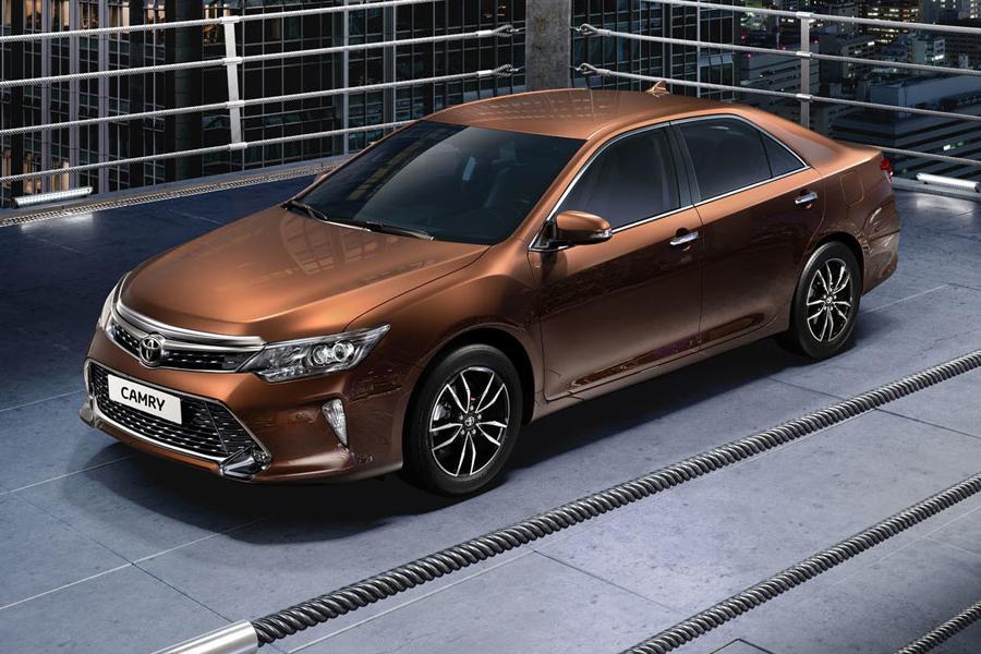 Toyota обновила Camry для российского рынка