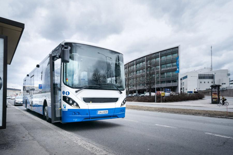 Nokian Hakkapeliitta City Bus - новая зимняя шина, которая не боится лета