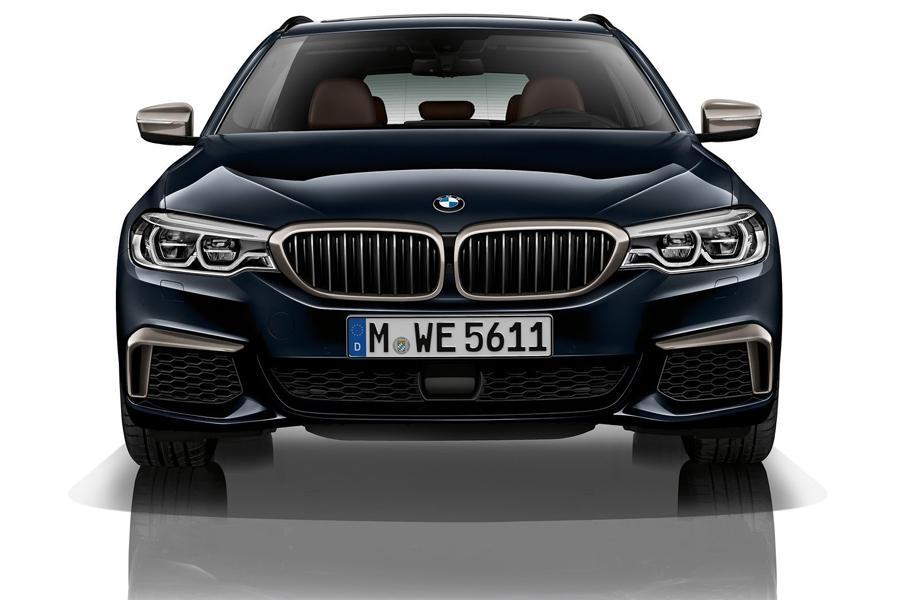 Компания BMW объявила цены двух новых «пятерок»