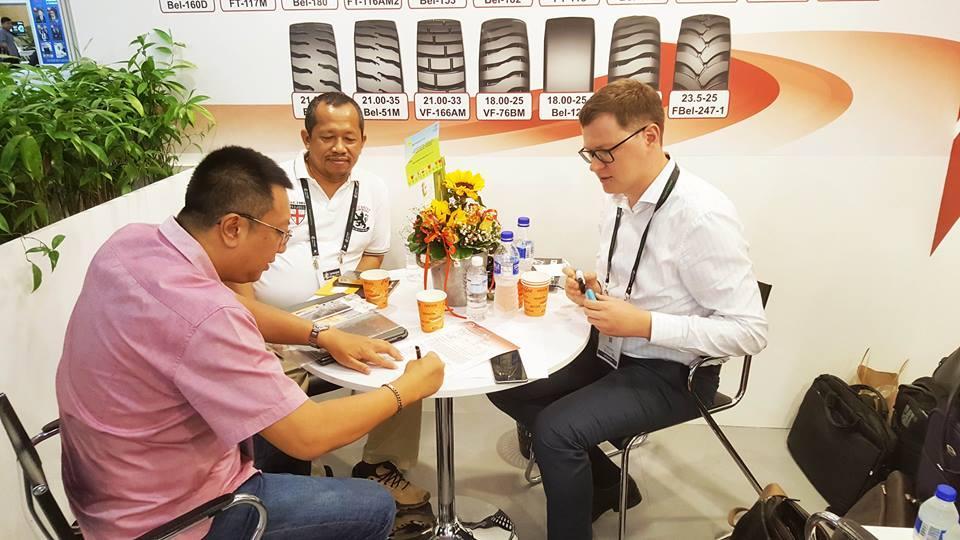 «Белшина» отправит во Вьетнам опытную партию ЦМК-шин для карьерных самосвалов