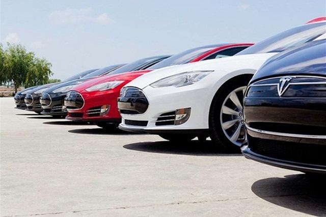 Tesla анонсировала расширение дилерской сети