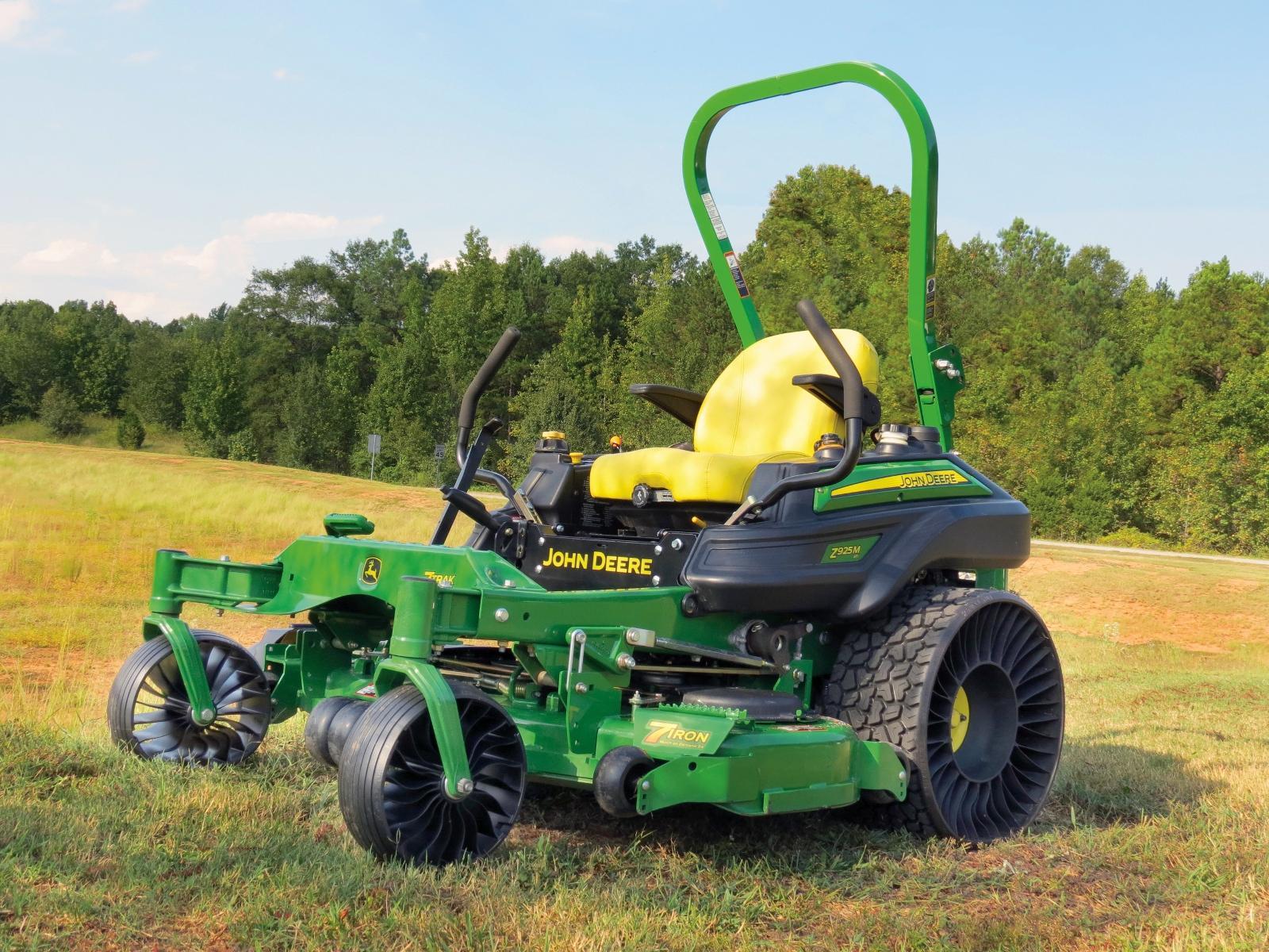 Мишлен объявила о запуске новых безвоздушных шин Turf Caster для газонокосилок