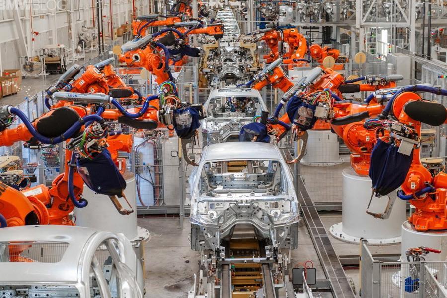 BMW хочет запустить инновационный конвейер