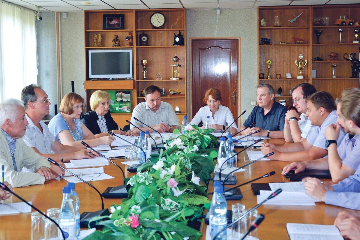 Академия Наук Республики Беларусь готова помочь бобруйским шинникам