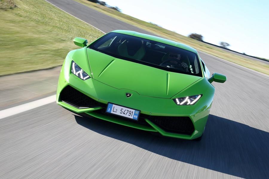Lamborghini Huracan получит несколько новых версий