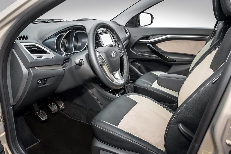 Lada объявила цену на «эксклюзивный» седан Vesta