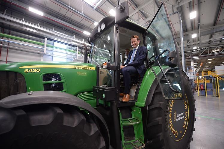 Стартовали продажи первых сельскохозяйственных шин семейства Continental Tractor