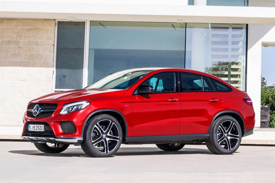Mercedes отзывает в России 8,4 тысячи автомобилей