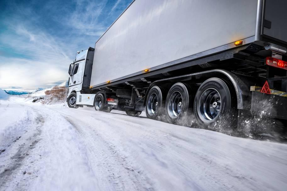 Линейка грузовых шин SmartControl - комплексное решение для русской зимы от Hankook