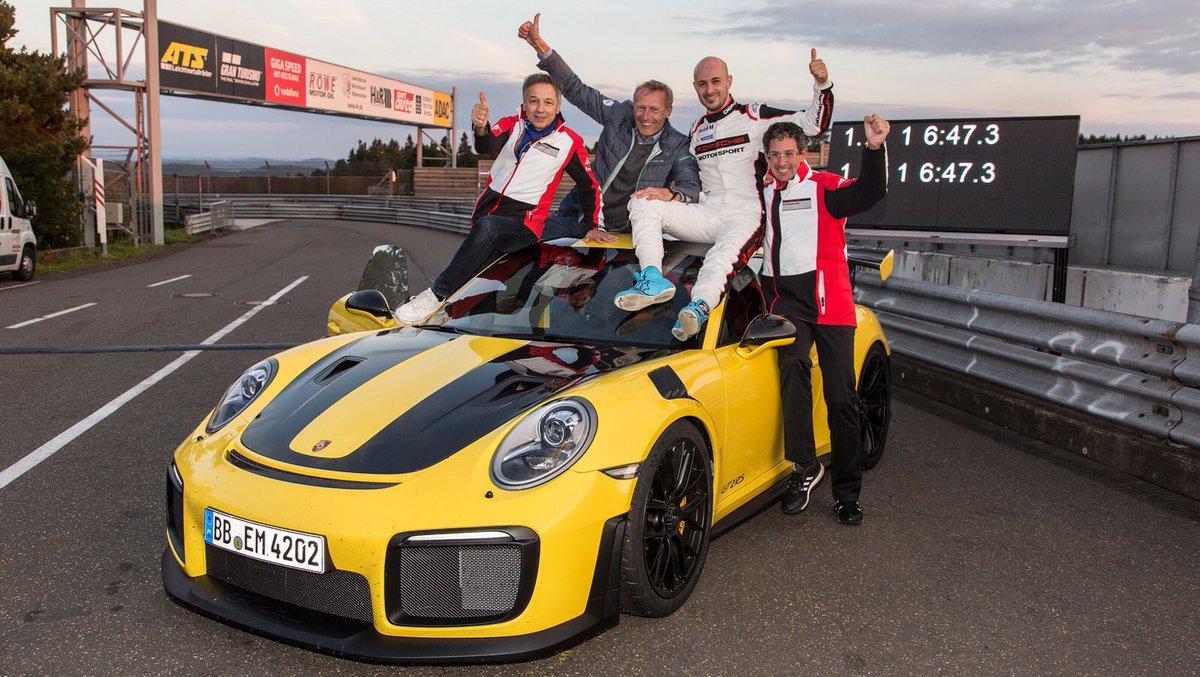Шины Michelin Pilot Sport Cup 2 помогли Porsche установить новый рекорд Нюрбургринга