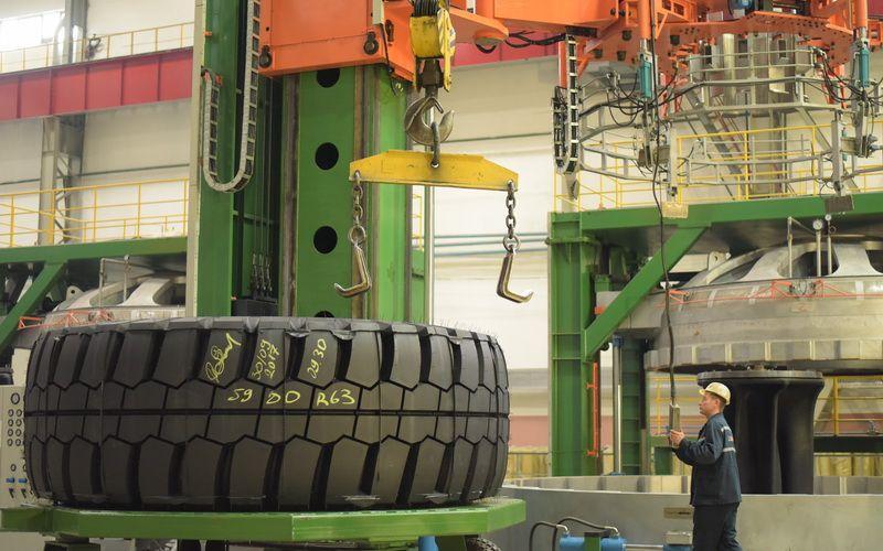 «Белшина» начала выпуск гигантских шин диаметром более 4 метров