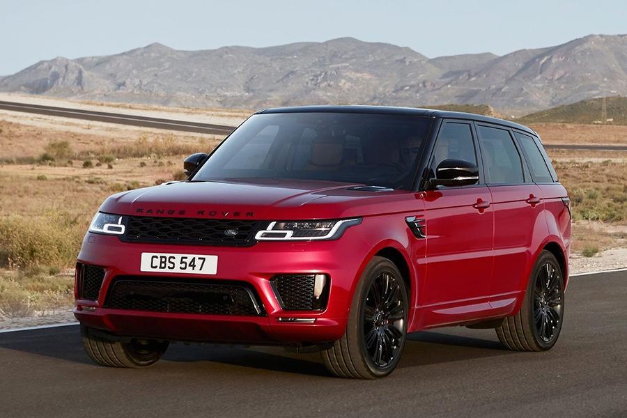 Range Rover Sport перенес рестайлинг