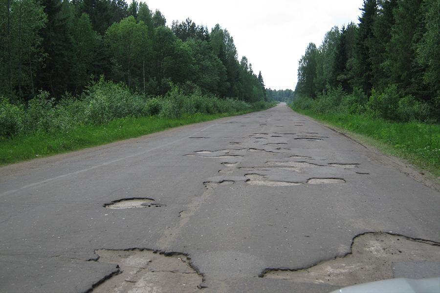 Россия снова оказалась на дне рейтинга качества дорог