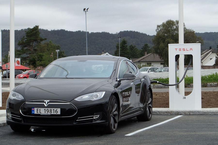 Норвегия введет «налог на Tesla»