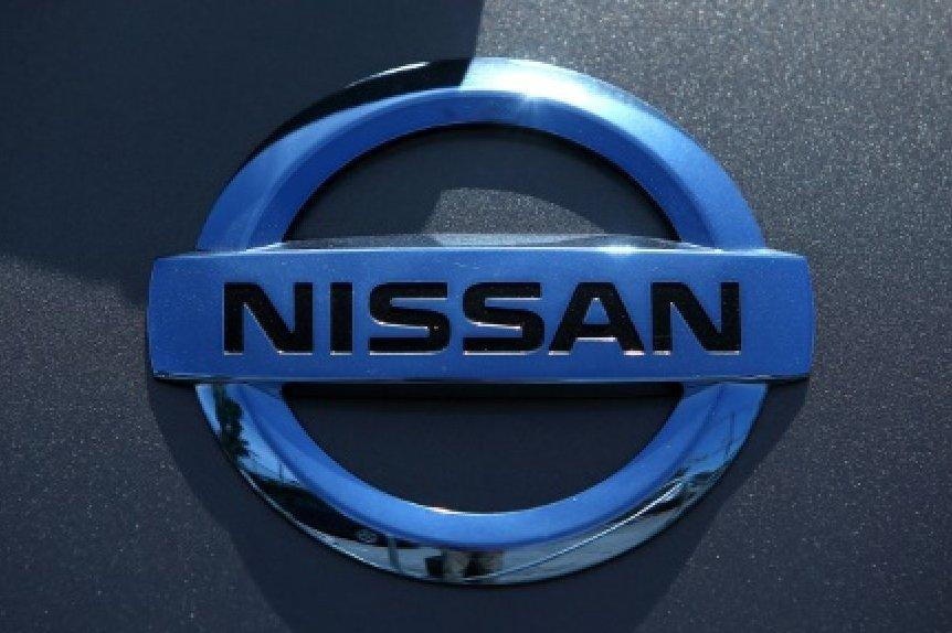 Nissan останавливает производство в Японии на две недели
