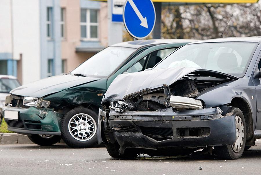 Выезд ГИБДД на аварии без жертв предлагают отменить