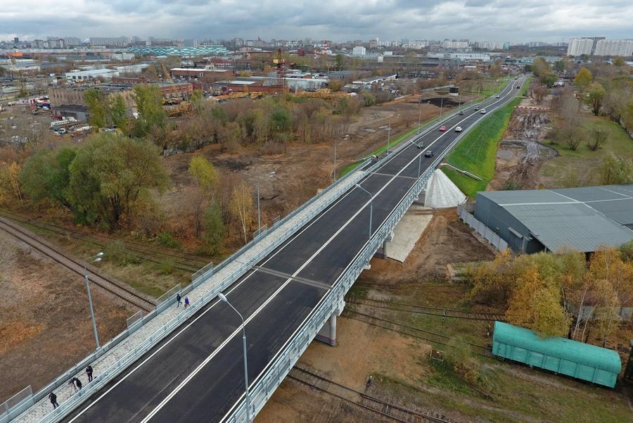 В Москве открыли новую автомобильную эстакаду