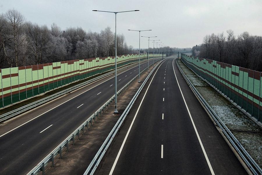 Еще два участка трассы М11 стали платными