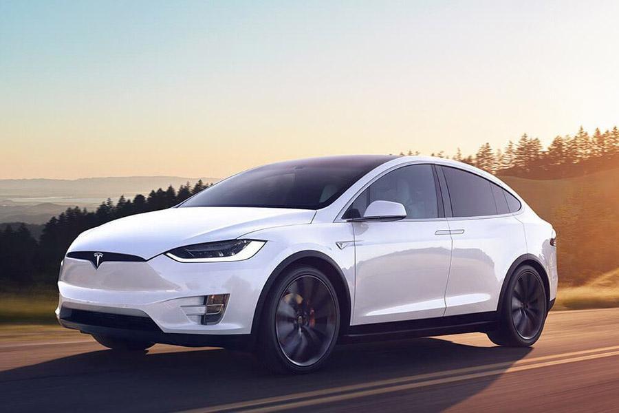 Tesla внедрила в свои электромобили «холодный режим»