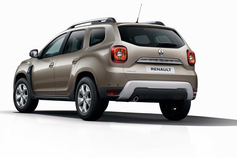 Новый Duster показали с эмблемами Renault
