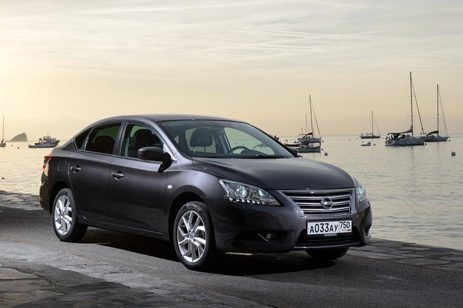 Nissan убрал из России две модели