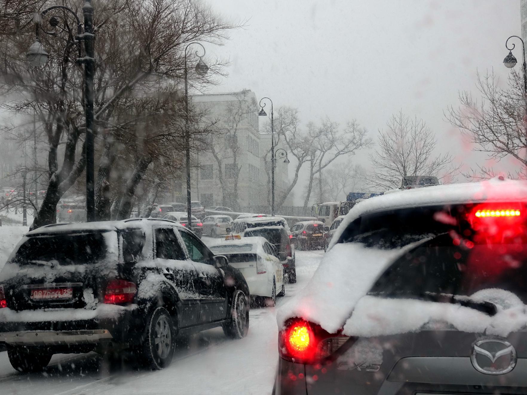 Приморские депутаты  просят Госдуму ввести штрафы за использование шин не по сезону
