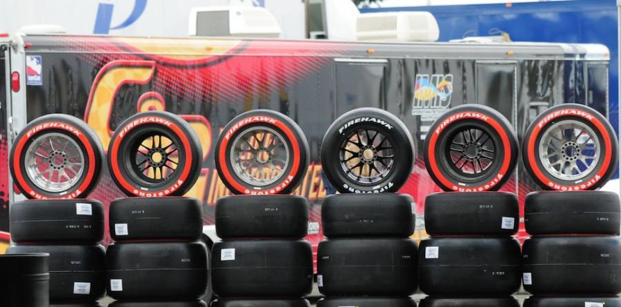 Firestone увеличит деградацию сликов Firehawk для серии IndyCar
