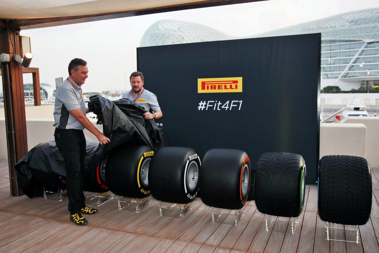 Пирелли назвала составы шин на первые Гран-при 2018 года