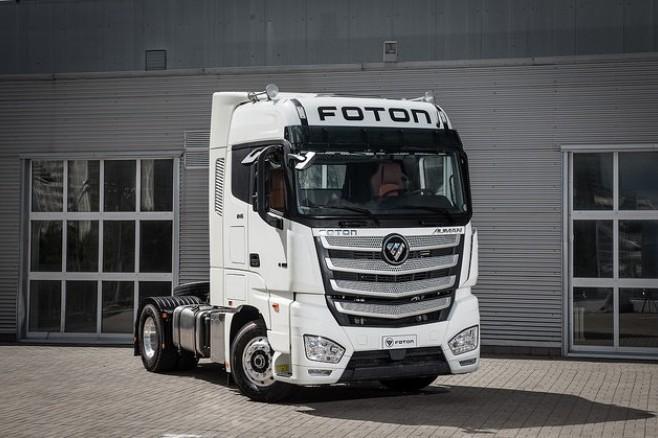 Foton начал продавать в России магистральный тягач