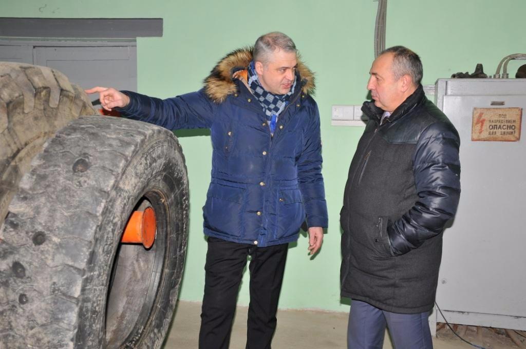 Инновационный проект по восстановлению грузовых шин запущен в Магадане