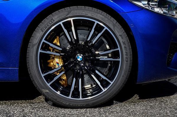 Пирелли подготовила спецверсию шин Pirelli P Zero для новых BMW M5