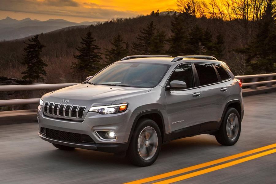 Jeep Cherokee лишился эпатажного дизайна