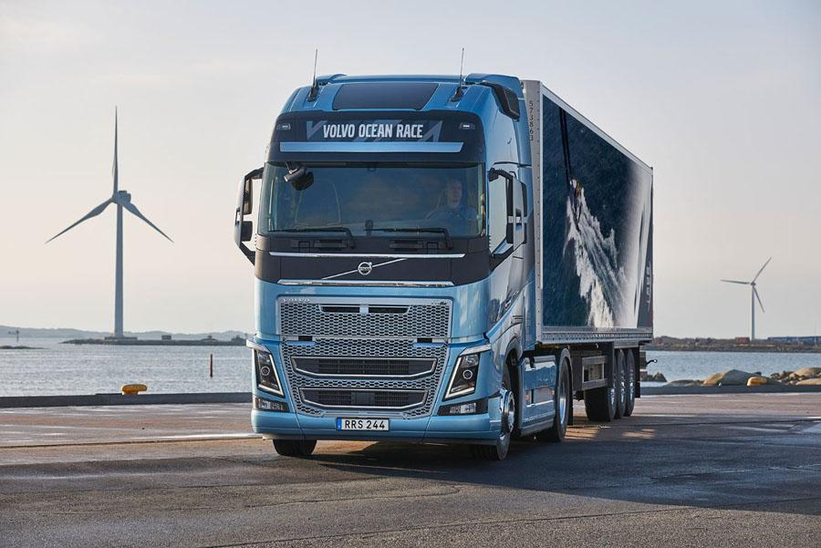 Geely купит долю в грузовом Volvo