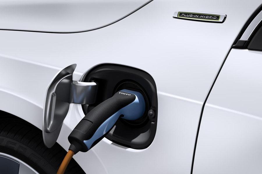 Для электрических Volvo предложат два варианта батарей