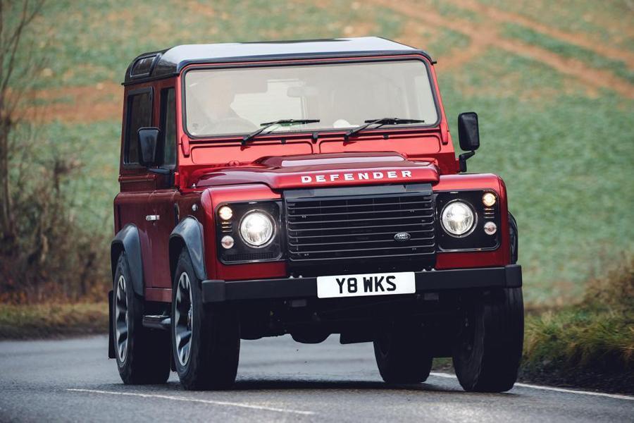 Land Rover выпустит партию заряженных внедорожников Defender
