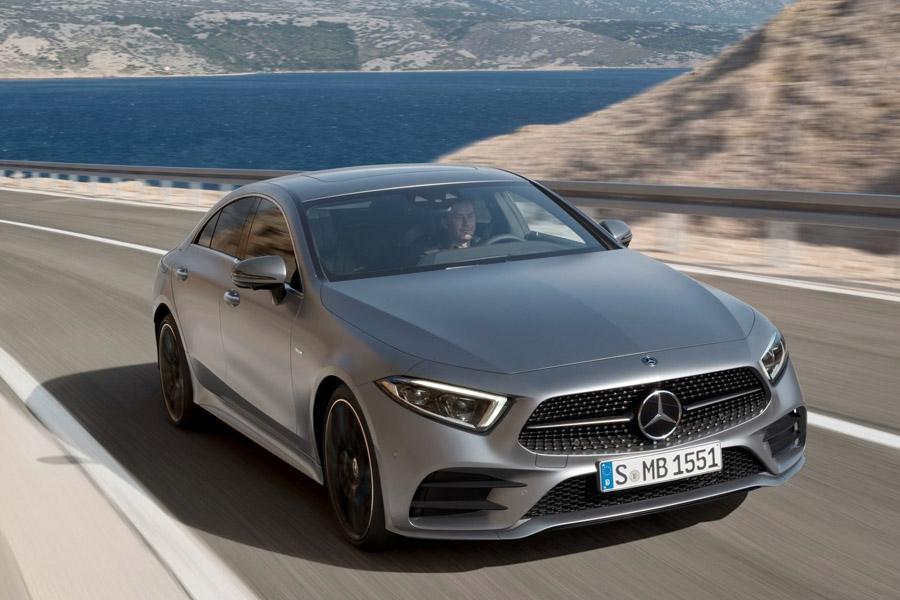 Mercedes огласил цены на новый CLS