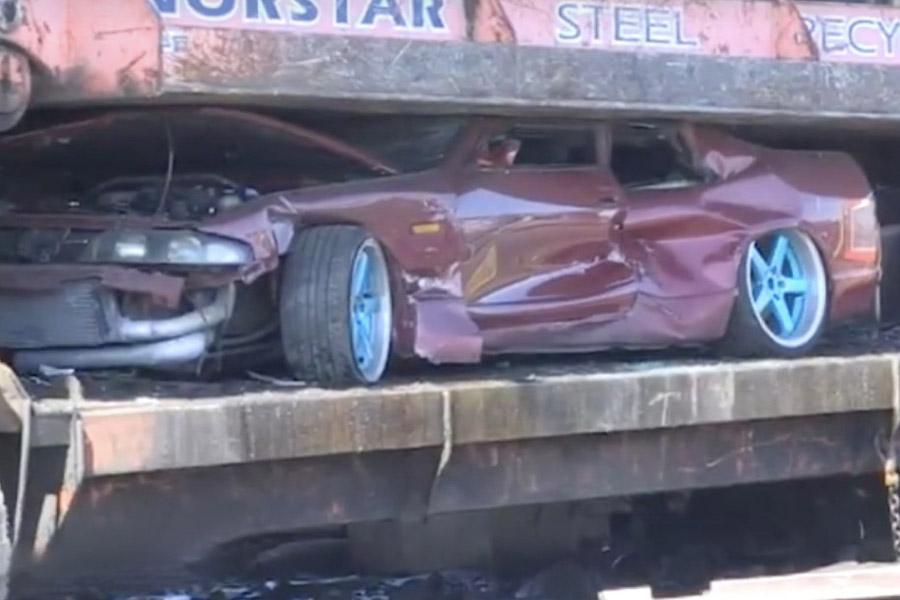 Австралийская полиция показательно уничтожила конфискованные машины