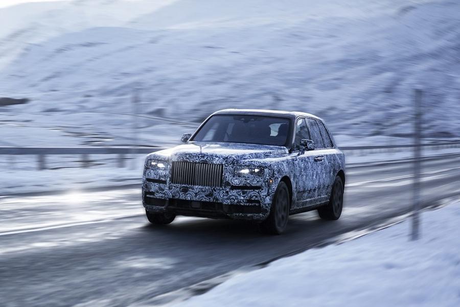 Rolls-Royce утвердил имя для внедорожника
